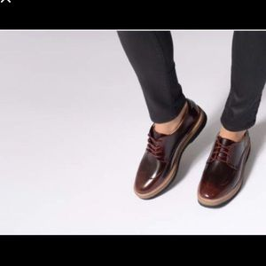 Clarks Zante Zara Lace Up Shoes in Burgundy